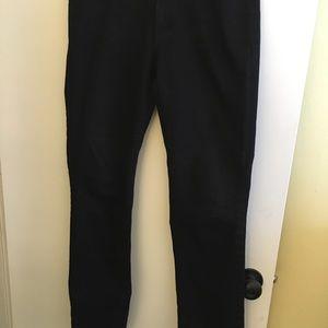Black Denim pant, Size 6 (28). Curvy Straight.
